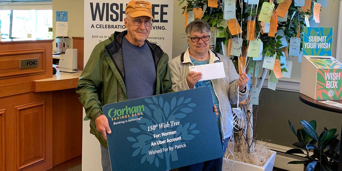 Photo of Wish Tree recipients at Scarborough Branch