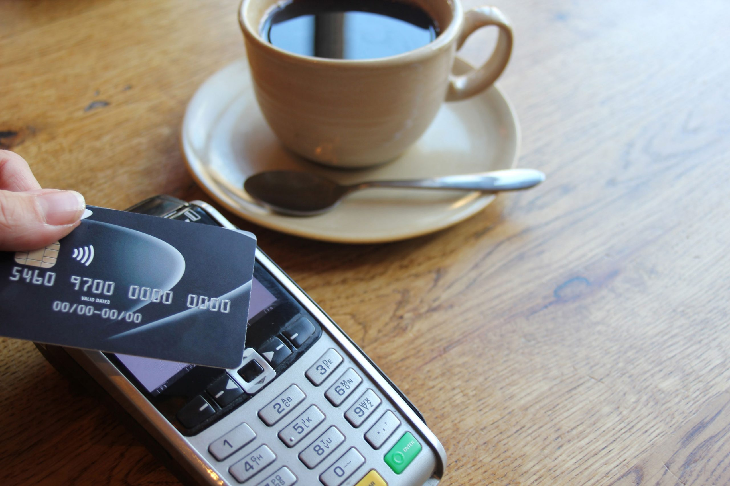 Touch-Free Payments With Contactless Cards